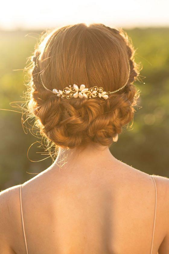 peinados con accesorios para boda
