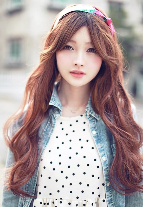 pelo largo peinado