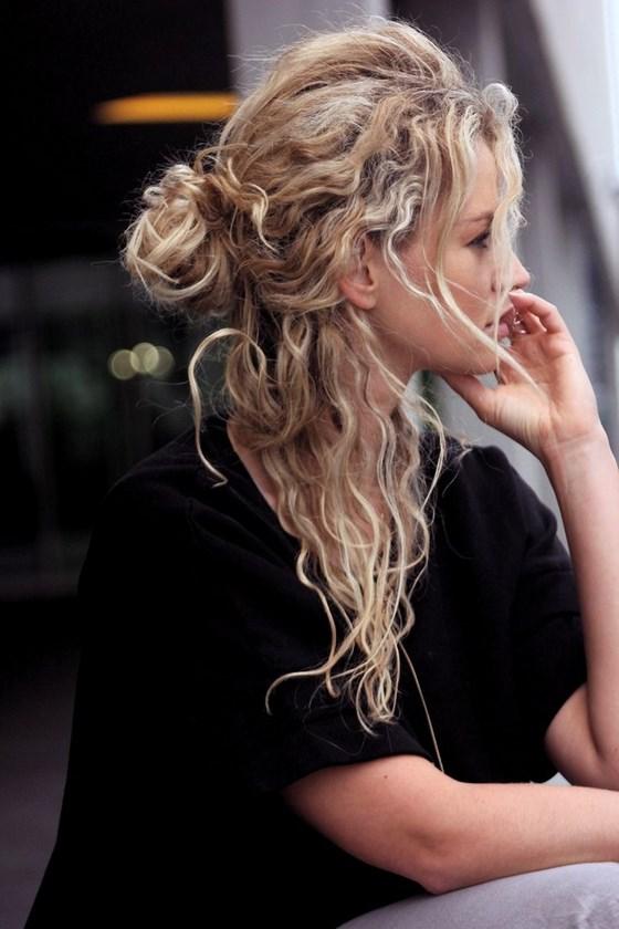 peinado descomplicado cabello crespo