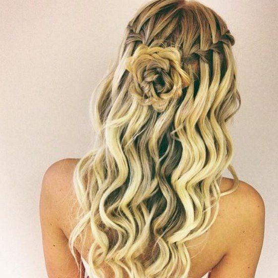 peinado pelo largo con flores