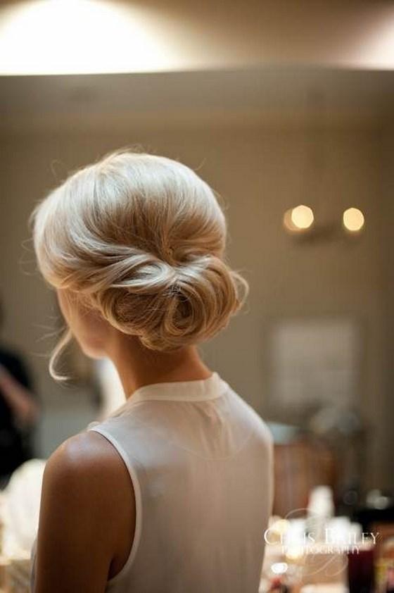 peinado sencillo para damas de honor
