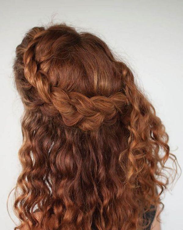 Adolecente de cabello risado mamando - 2 part 3