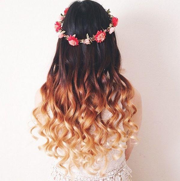 cabello ondulado con corona