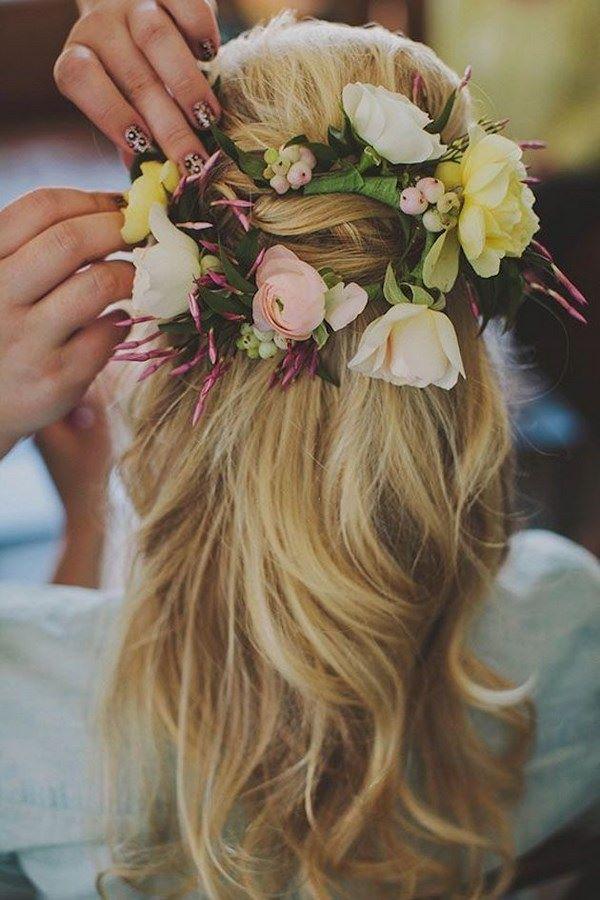 cabello con accesorios