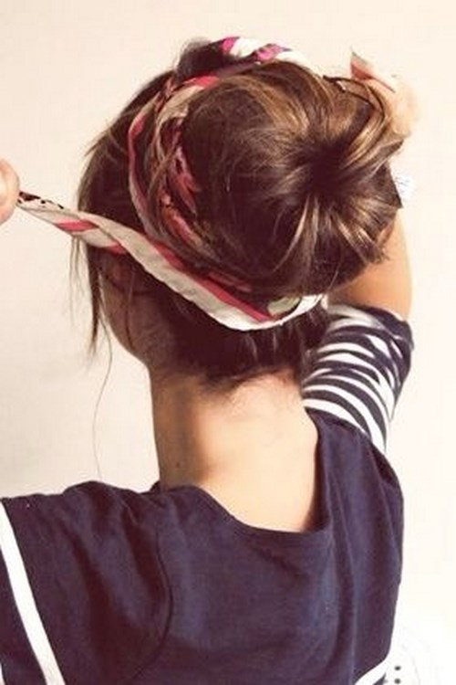 cabello recogido con pañoleta