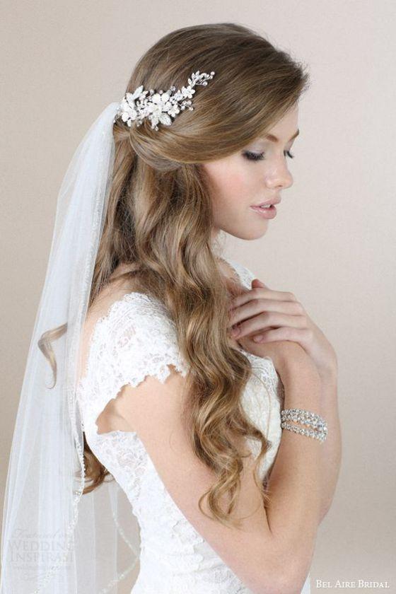 peinado de boda con estilo romantico