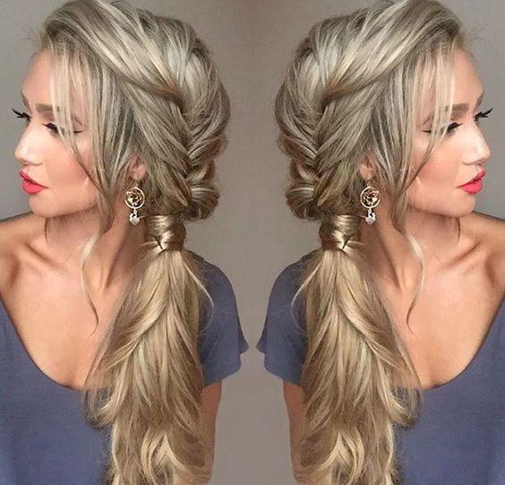 Peinados de lado las mejores ideas para lucir tu cabello for Recogidos de lado de fiesta