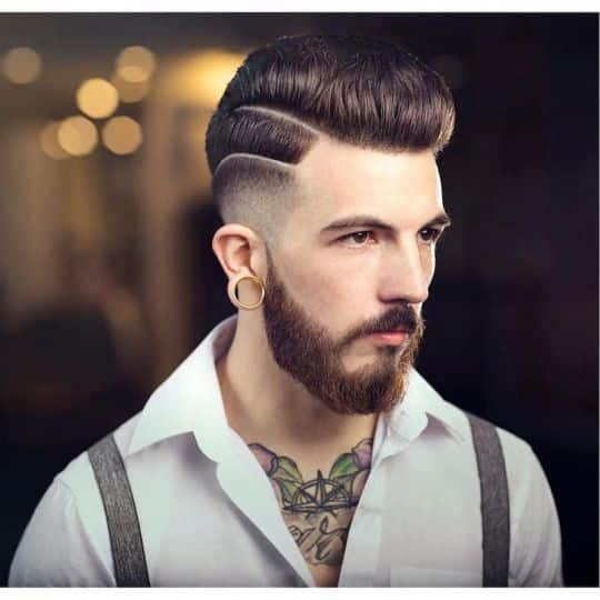 Corte de pelo para hombres con cabello lacio