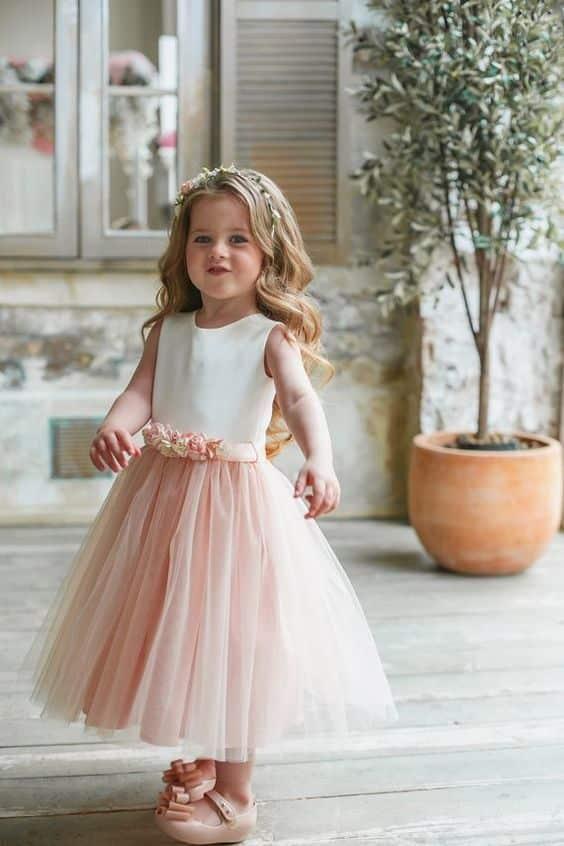 Damas De Honor Peinados Para Niñas (7)