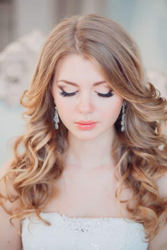 Peinados De Dama De Honor Cabello Suelto (7)